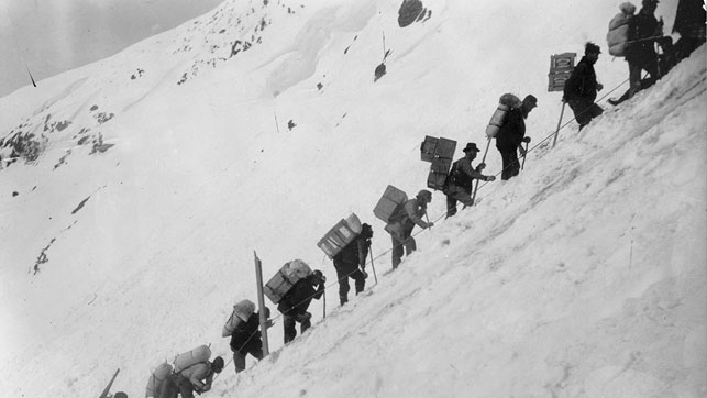 Hegg' s Chilkoot Pass photos inspired Charlie Chaplin. Courtesy Library and Archives Canada