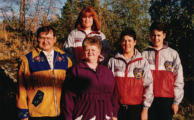 The Koe family—Fred, Lynda, Jamie and Kevin, with Kerry in the back row. Courtesy of the Koe family