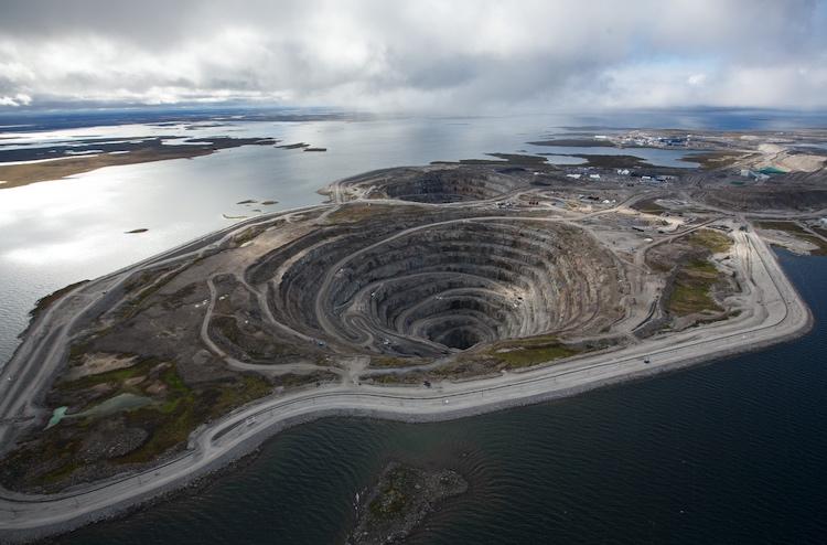 An aerial view of the Diavik diamond mine shows off those kimberlite pipes.
