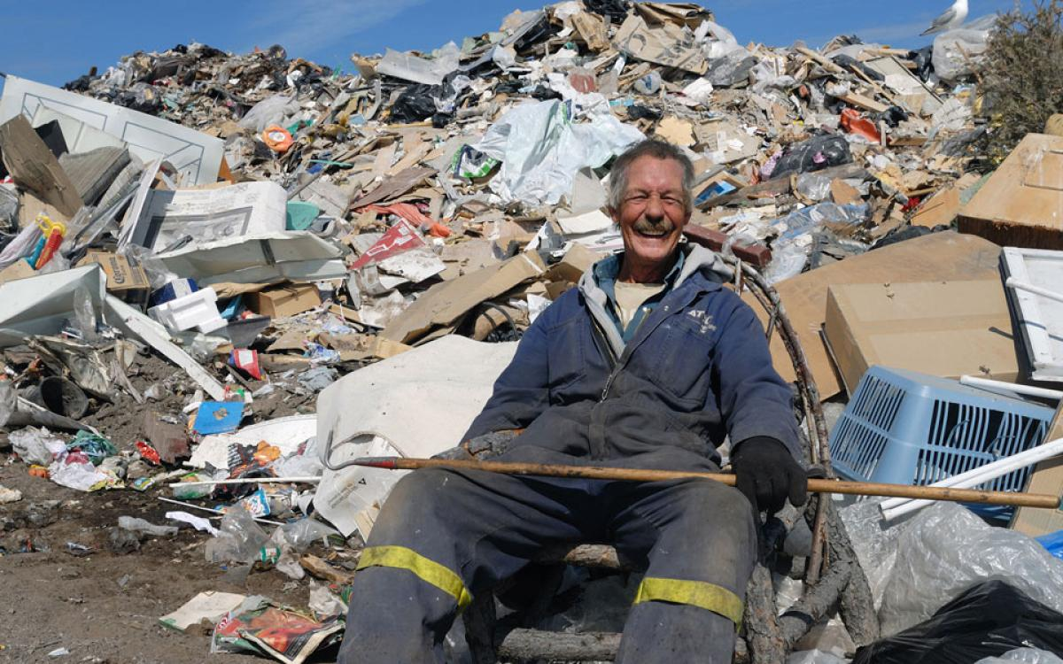 Long-time resident-picker Al Shearing finds a seat and takes a break from rummaging at the Yellowknife dump. All photos courtesy Amy C. Elliott